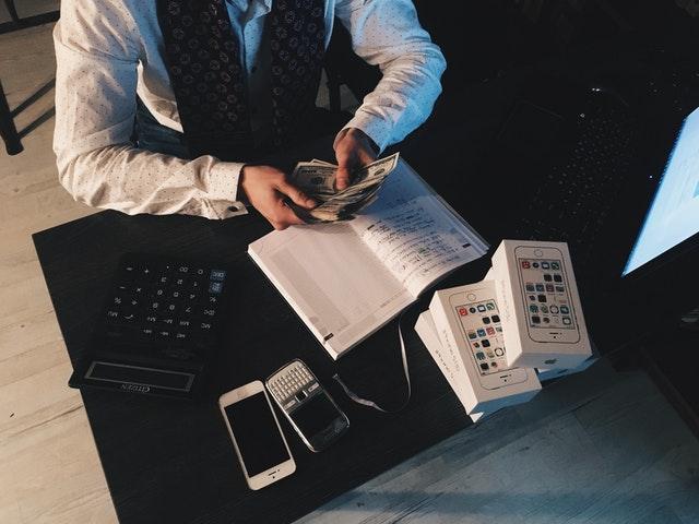 怎么样去选择目前较好的CRM系统,哪家CRM公司做得比较好?